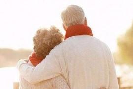 小分子肽适合老年人吃吗?肽对老年人的健康作用!