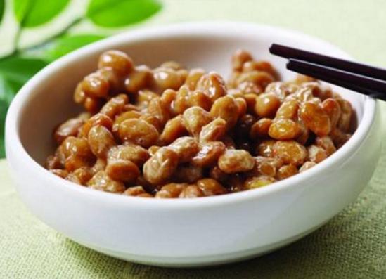 纳豆激酶功效与作用:纳豆可以帮助降低餐后血糖
